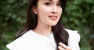 Sandra Dewi Photo