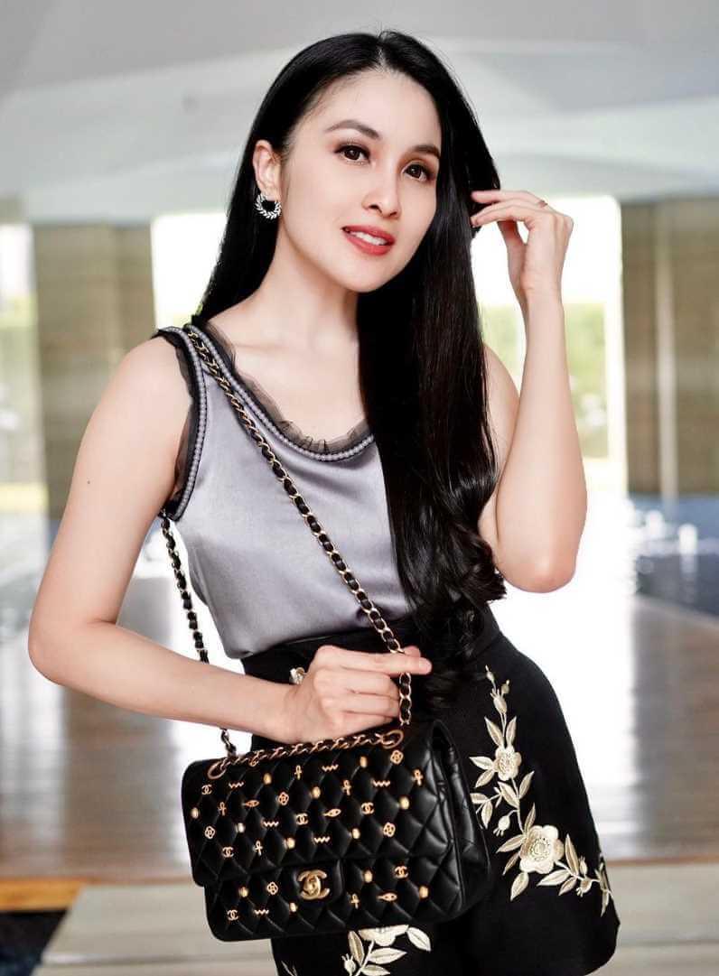 Sandra Dewi Style Picture