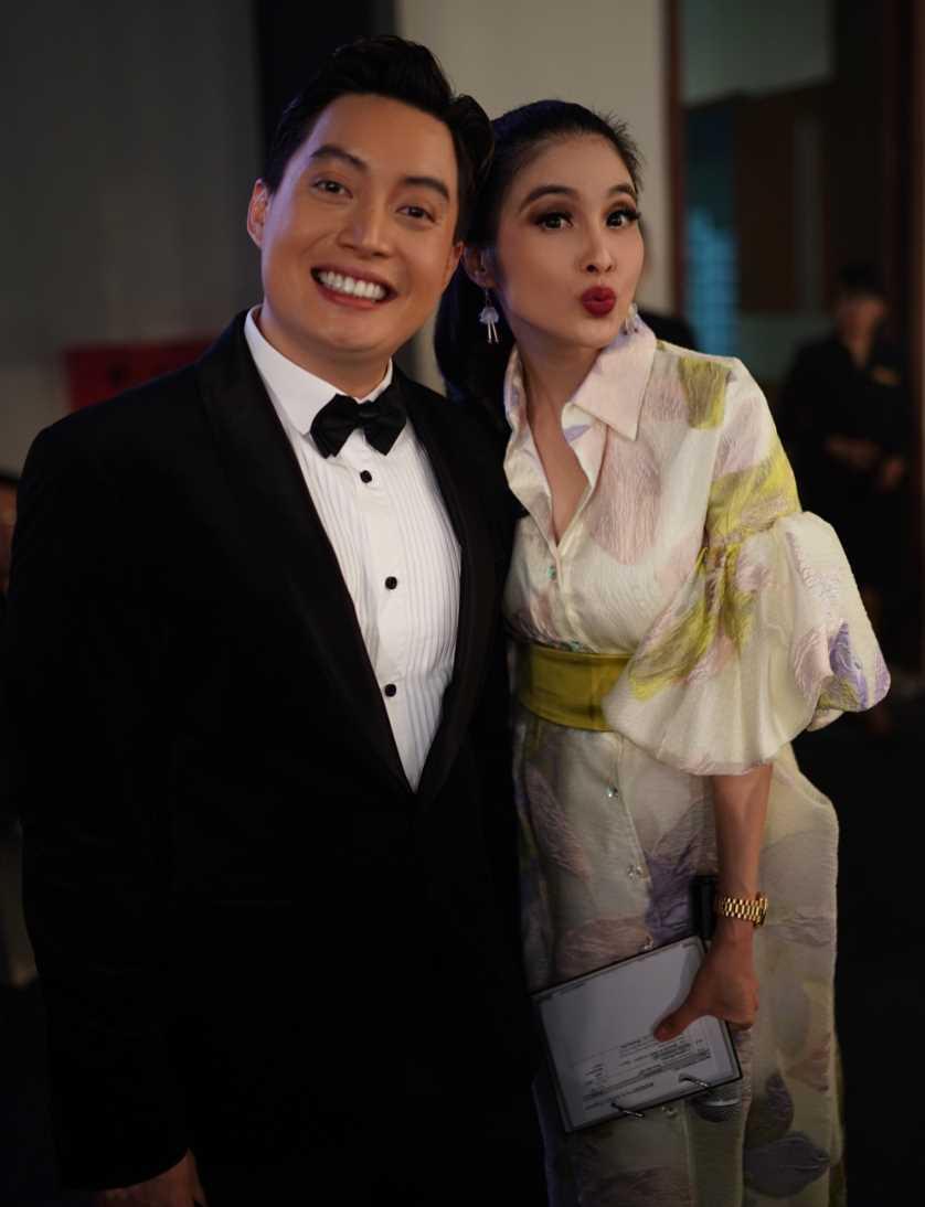 Sandra Dewi with her Husband Photos