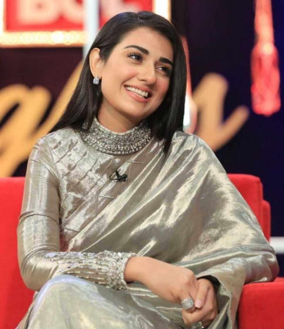 Sarah Khan Saree Images