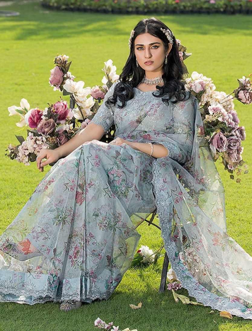 Sarah Khan New Saree Photo