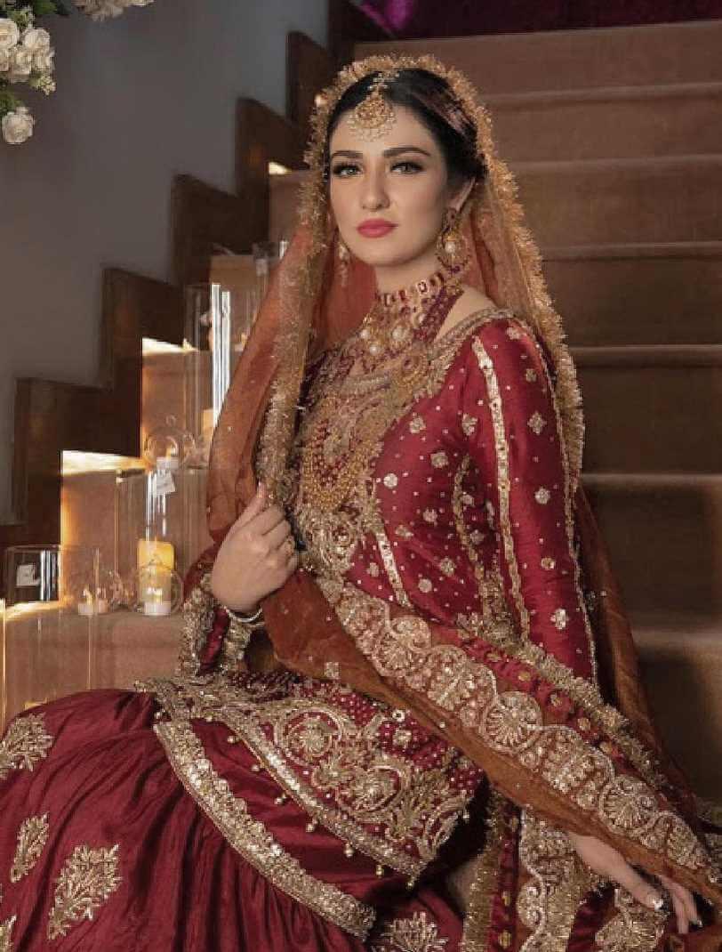Sarah Khan Old Wedding Photo