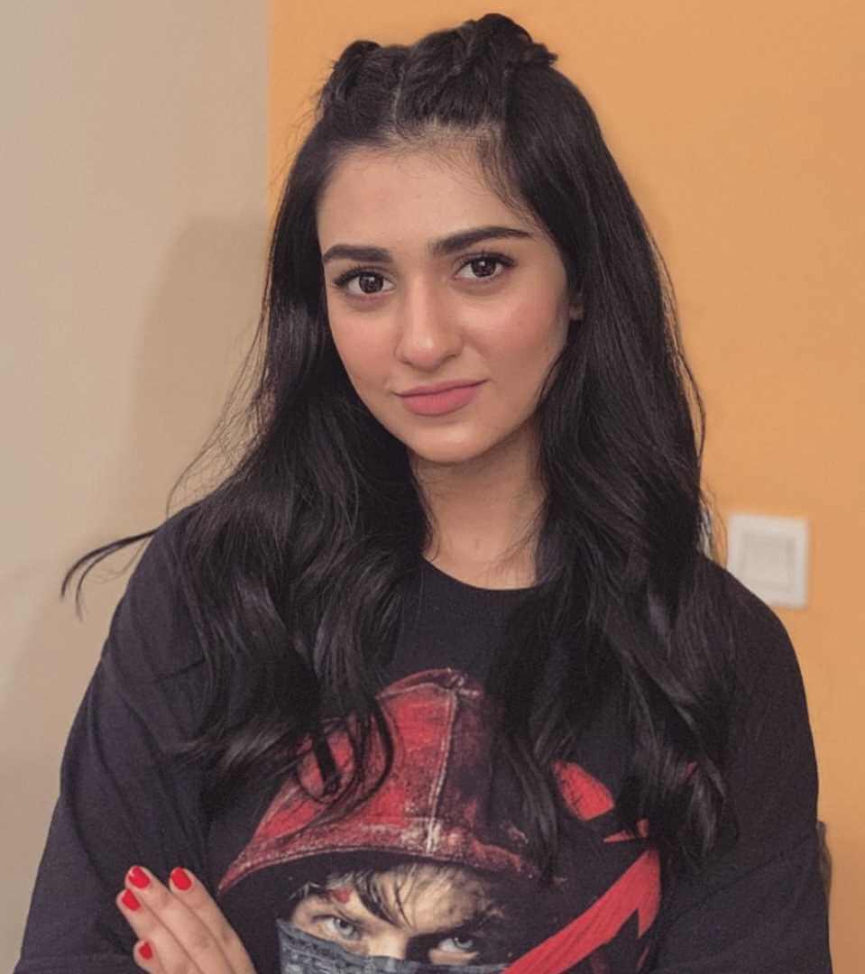 Sarah Khan Photoshoot 5