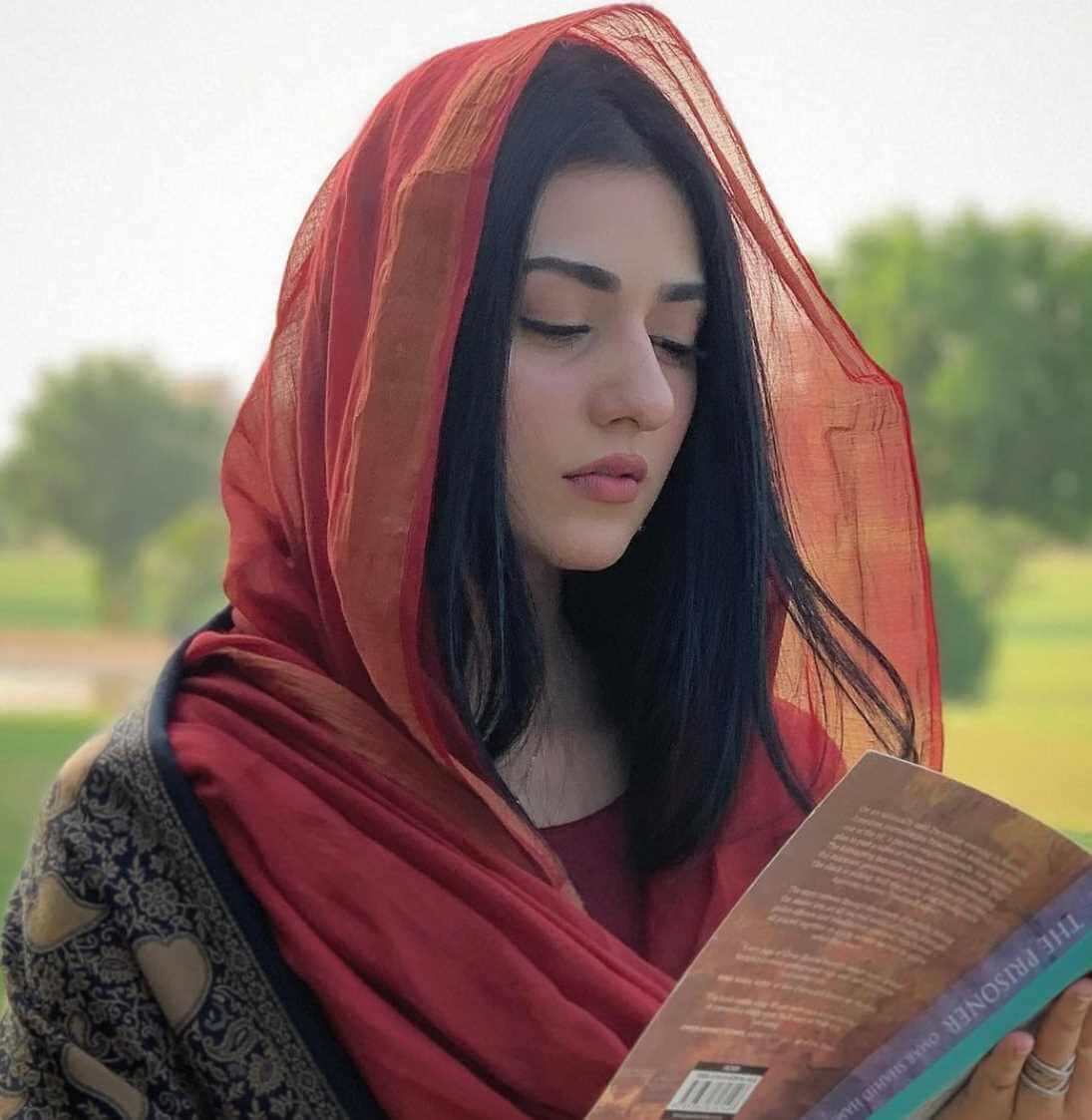 Sarah Khan Photoshoot 9