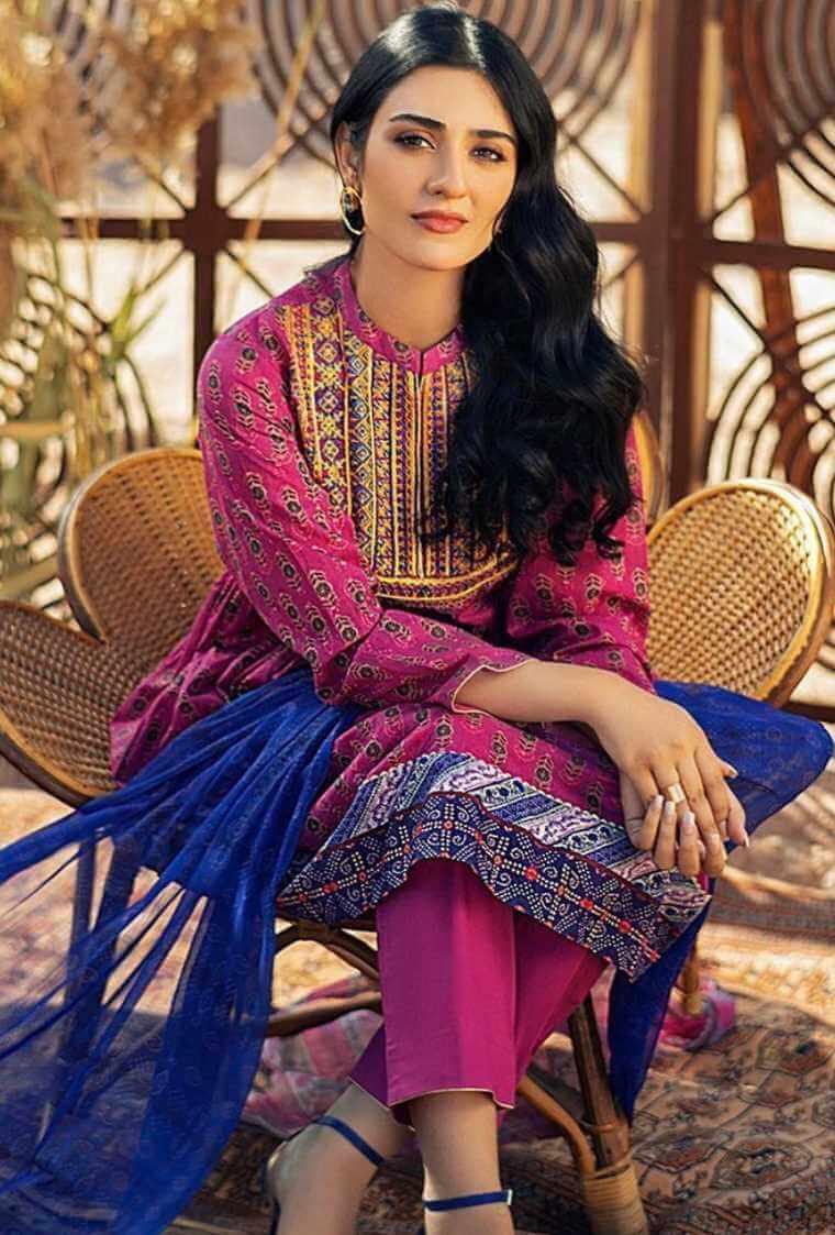 Sarah Khan Salwar Kameez Beautiful Pic