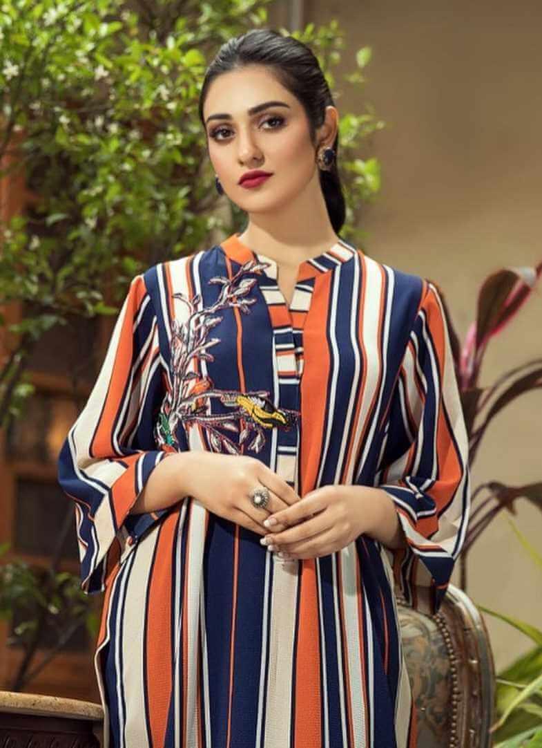 Sarah Khan Salwar Kameez Pics