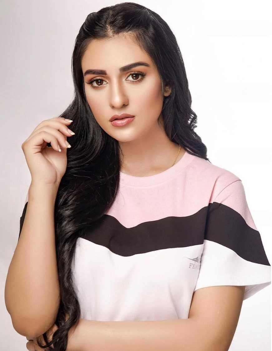 Sarah Khan T-Shirt Image