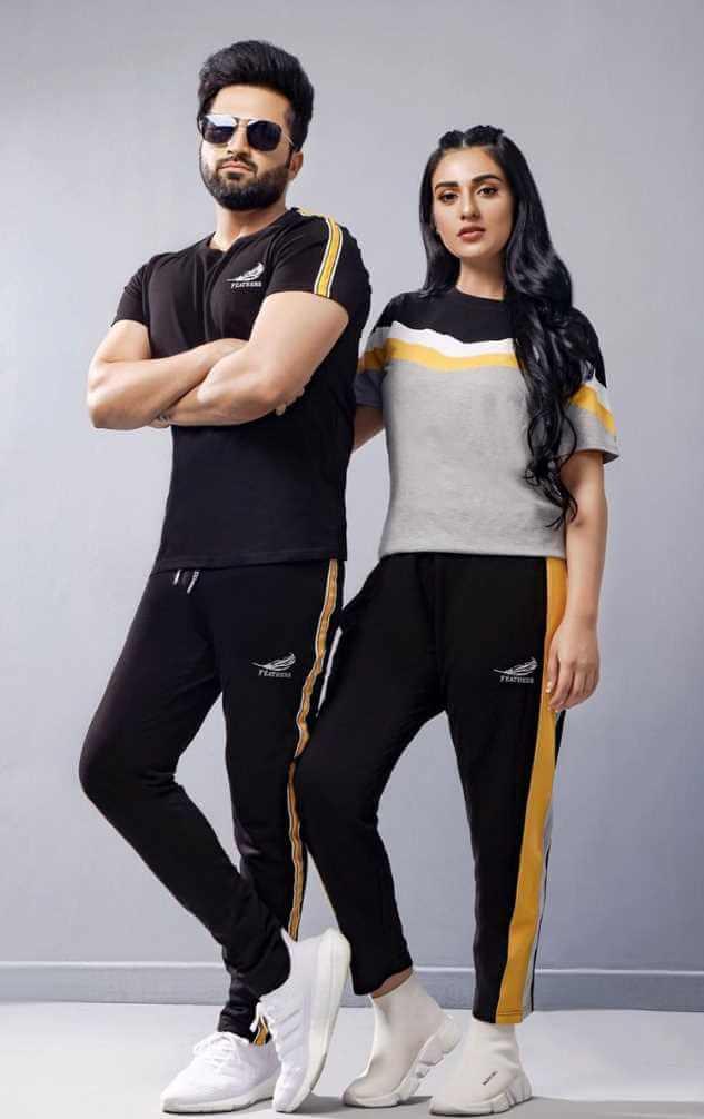 Sarah Khan With her Husband Modeling photo