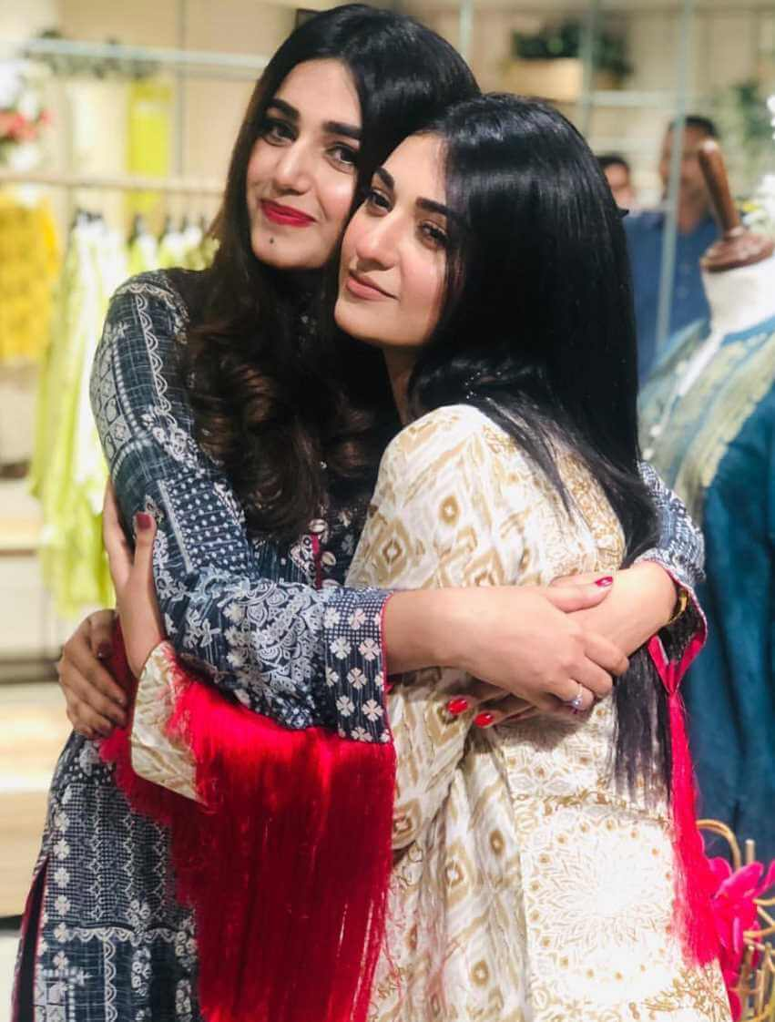 Sarah Khan with Co-Artist Pic