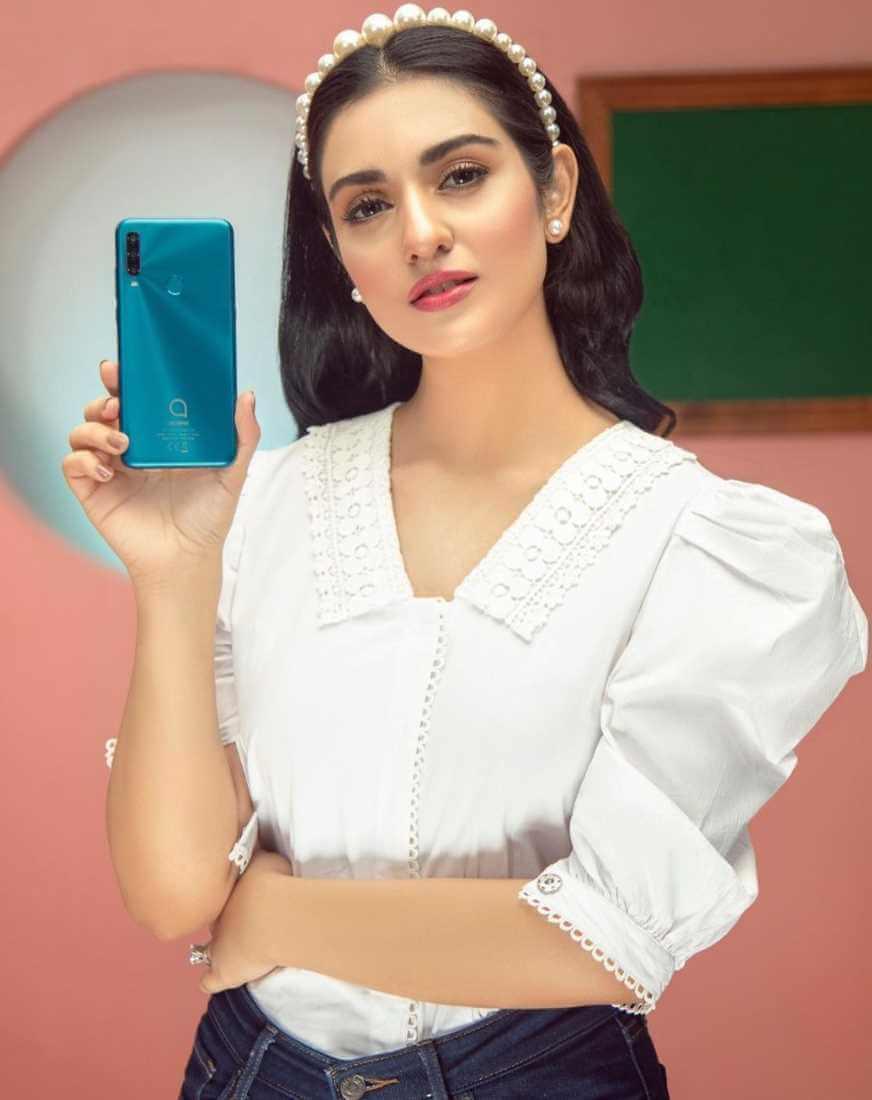 Sarah Khan with Mobile Phone Ads.