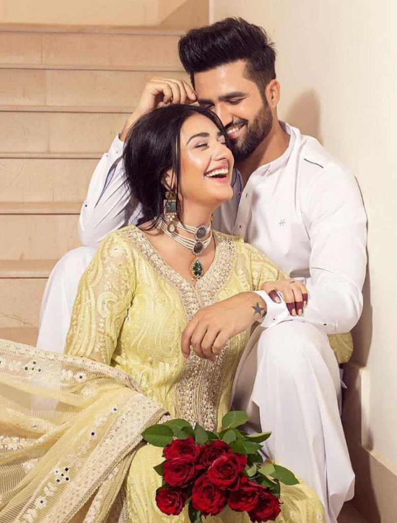 Sarah Khan with her Husband Photo