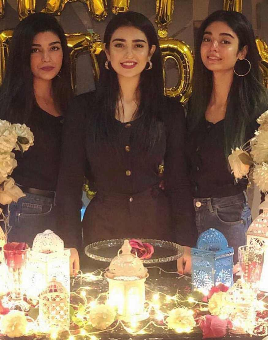 Sarah Khan with her Sisters Photo