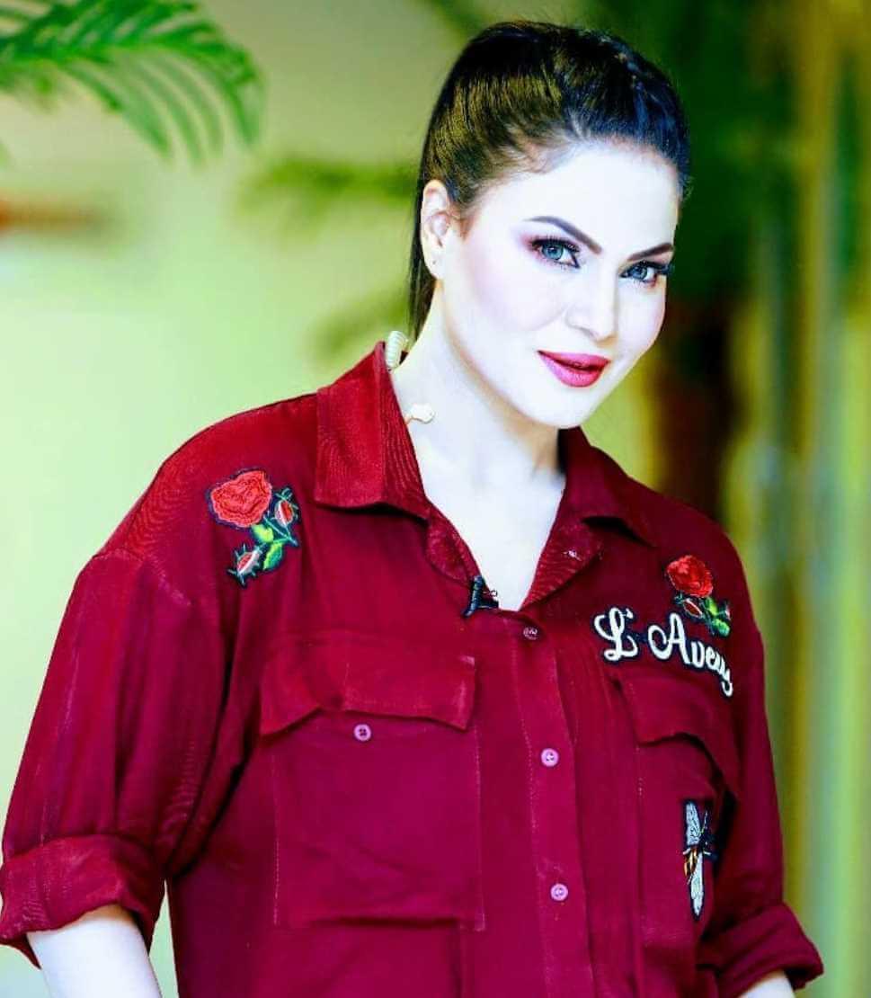 Veena Malik HD Wallpaper