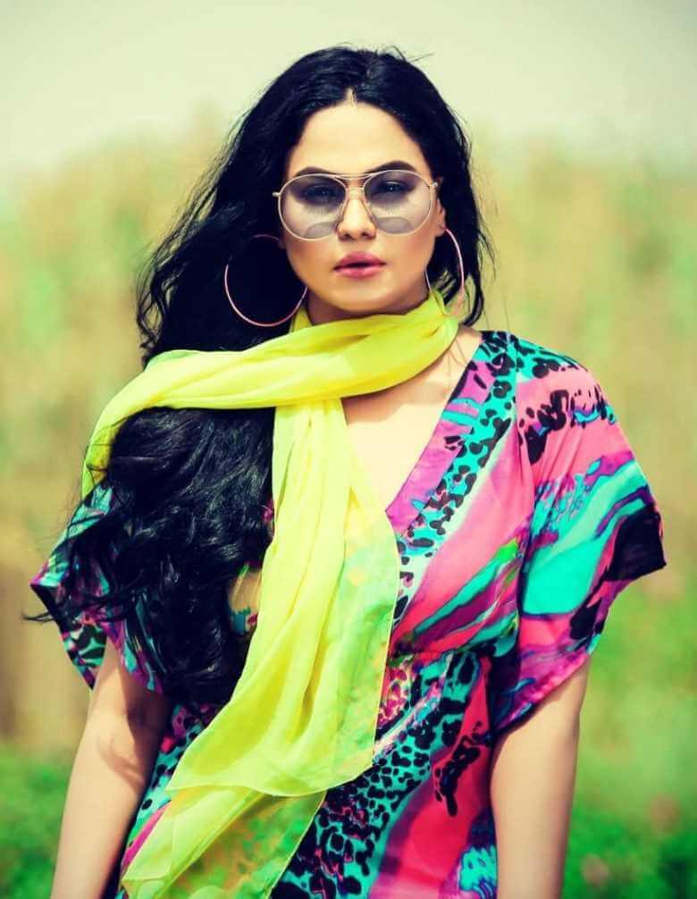 Veena Malik New pic