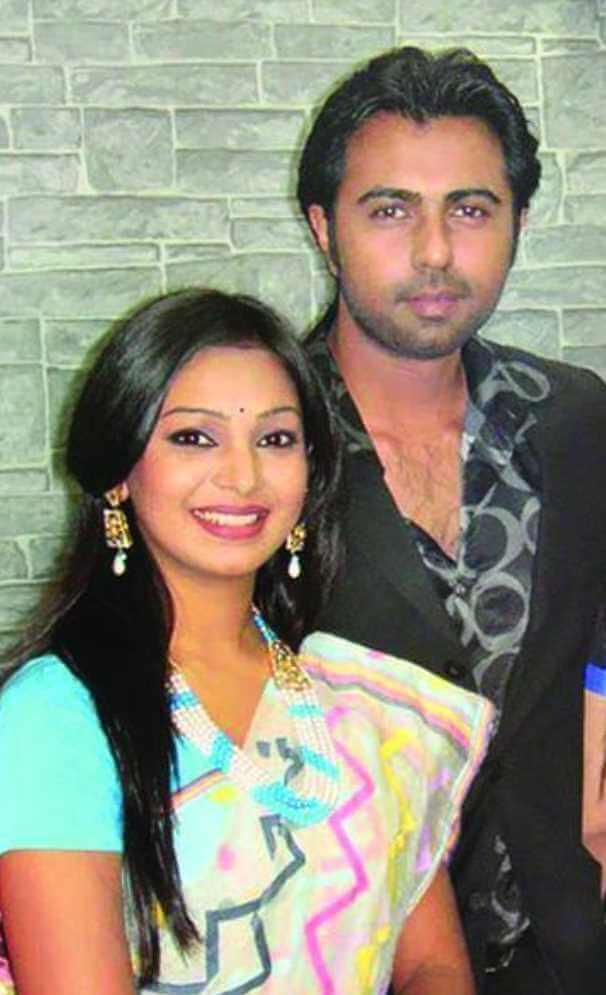 Ziaul Faruq Apurba with her 1st Wife Sadia Jahan Prova