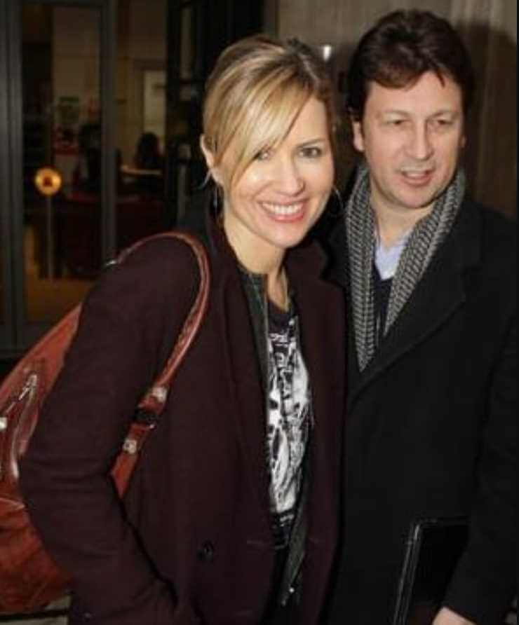 Dido with her Husband Photo
