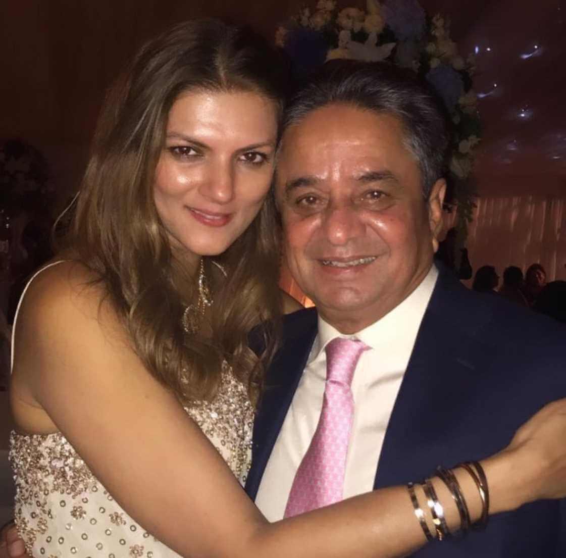 Nandita Mahtani with her father Photo
