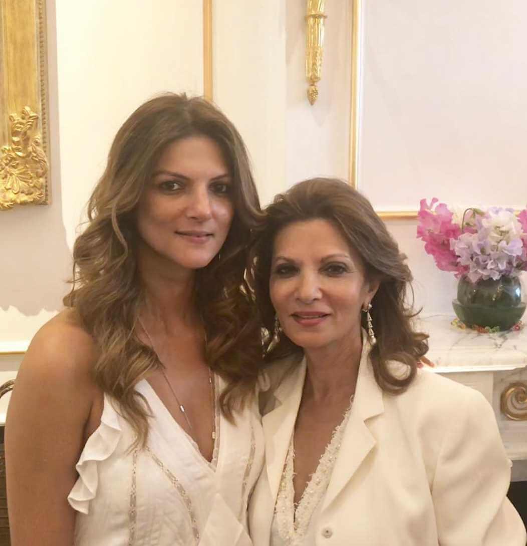 Nandita Mahtani with her mother Photo