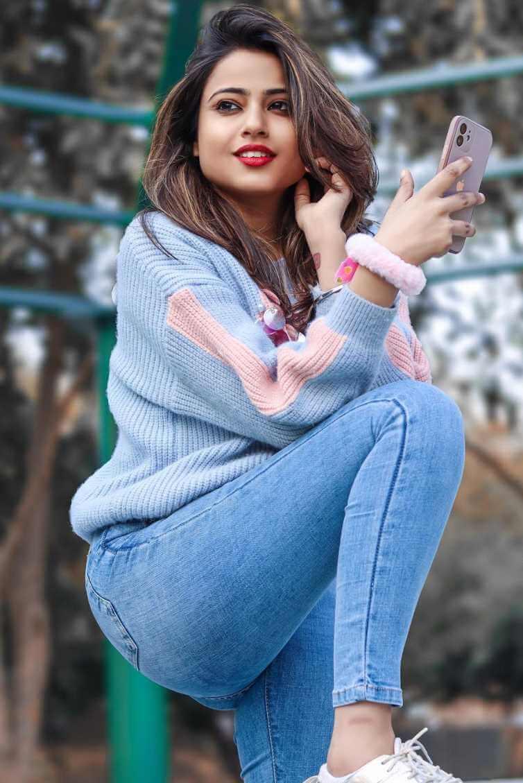 Nishu Tiwari  Photo-shoot